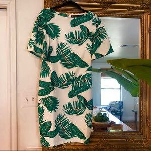 Alton Gray palm dress size 4 white bell sleeves